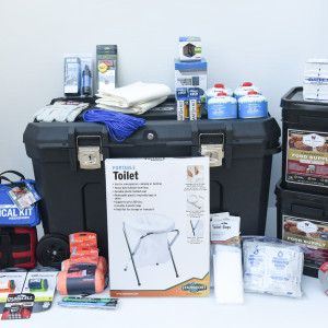 Basic Family Home Emergency Kit - Perfect Prepper